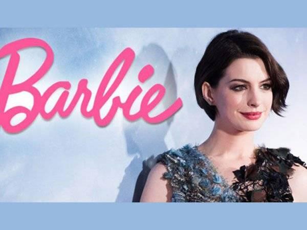 Anne Hathaway Barbie Dólares