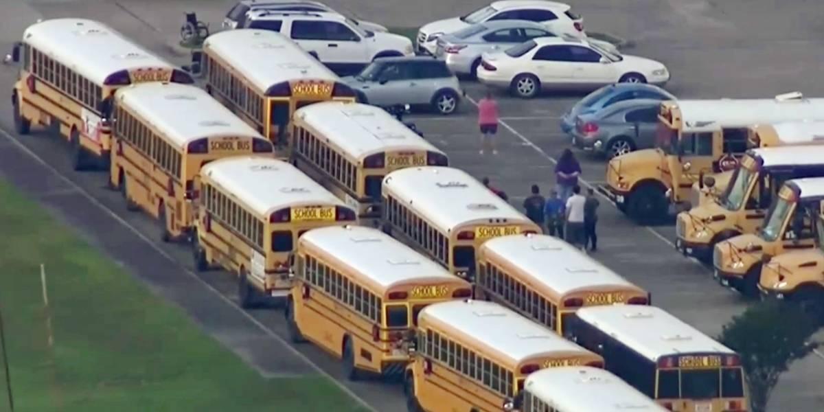 Confirman entre ocho y diez muertos en el tiroteo en un instituto de Texas