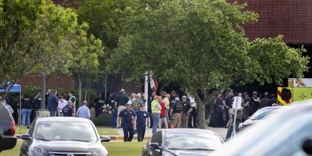 Alumnos de Parkland censuran matanza en secundaria en Texas