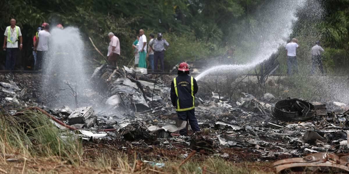 Avião cai logo após decolagem em Havana, Cuba
