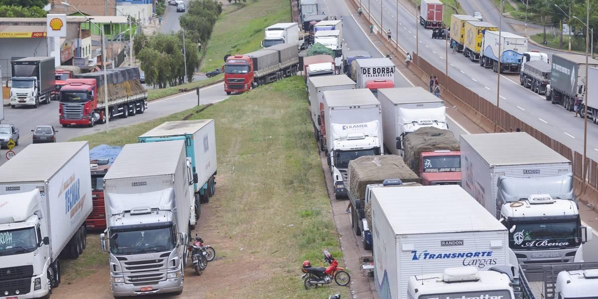 Economistas reduzem expectativa de crescimento por conta da greve de caminhoneiros