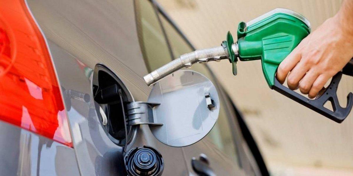 Combustibles experimentarán alzas de entre 1 y 3 pesos a partir de mañana