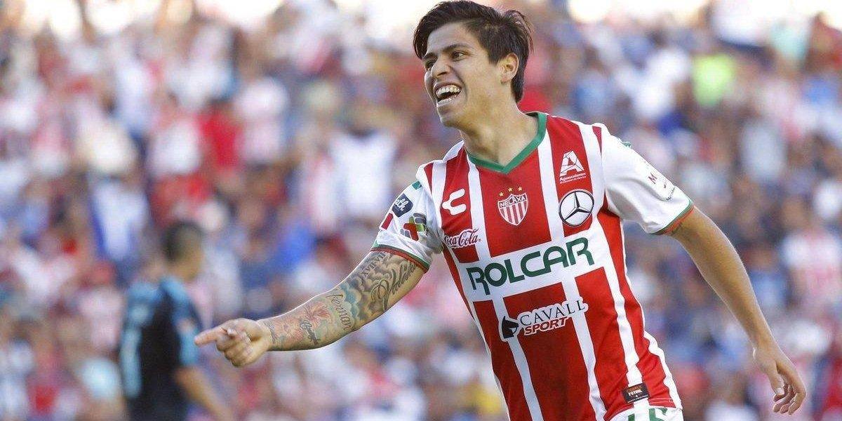 La semana de su vida: Víctor Dávila fue llamado a la Roja y ahora Necaxa extendió su contrato hasta 2021