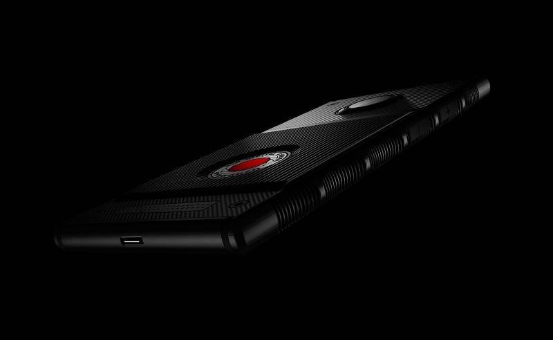 Llegará a América Latina el primer equipo móvil con pantalla holográfica, RED Hydrogen One