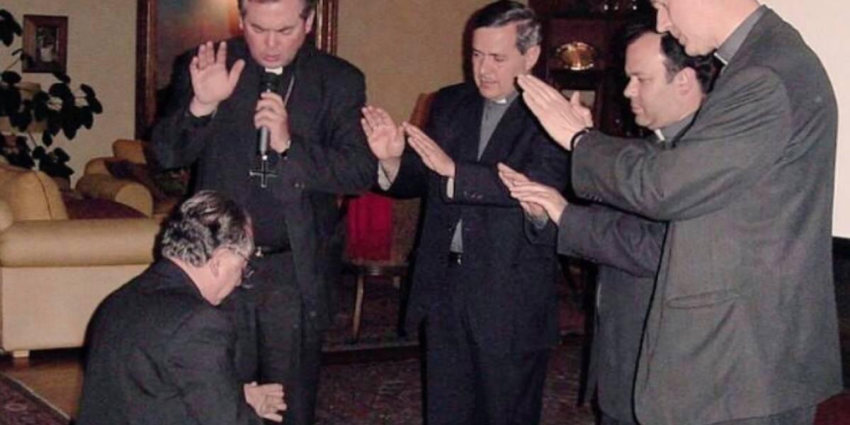 Carta masiva de renuncia: PDF evidencia el protocolo de la Iglesia ante abusos sexuales en Chile