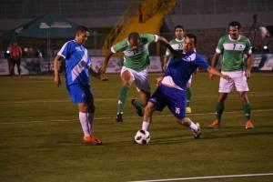 Rivaldo deja en el camino a Julio Girón