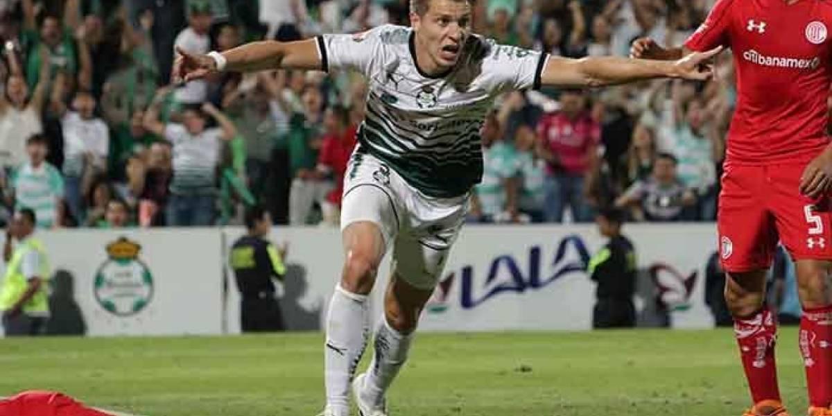 Santos Laguna golpeó al Toluca de Osvaldo González en la final de ida del Clausura mexicano