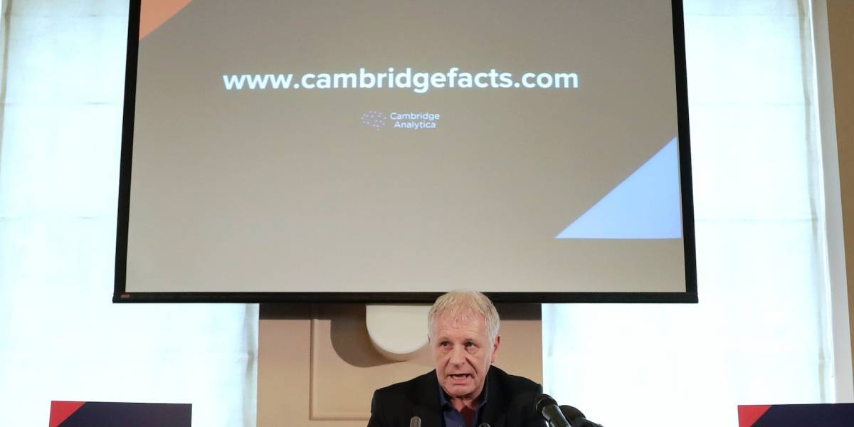 Cambridge Analytica será liquidada tras escándalo