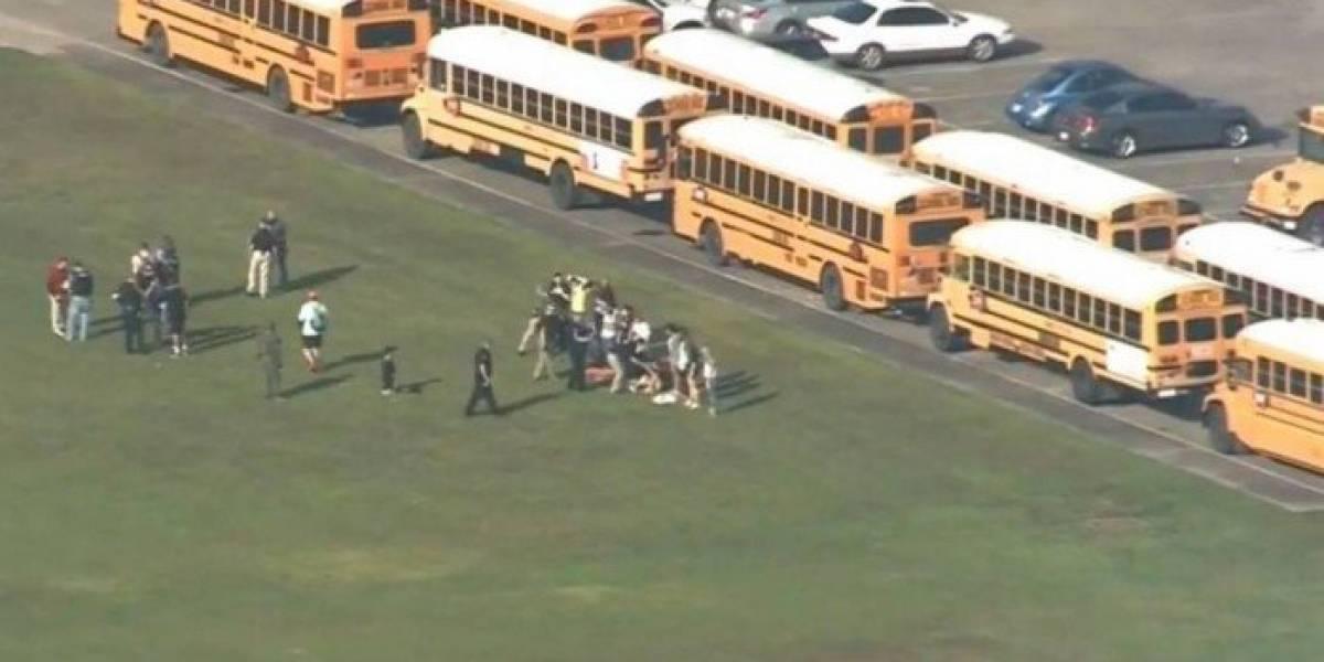 Tiroteio em escola no Texas deixa entre 8 e 10 mortos, diz polícia