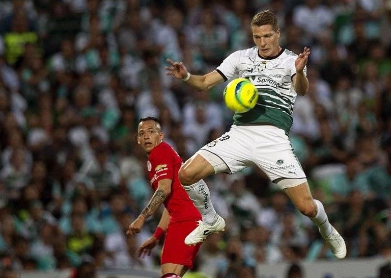 El argentino Julio Furch, jugador de Santos