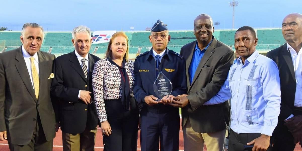 Atletas Laura Magua, Tima y Gutierrez ganan oro en el Campeonato Nacional de Atletismo Superior