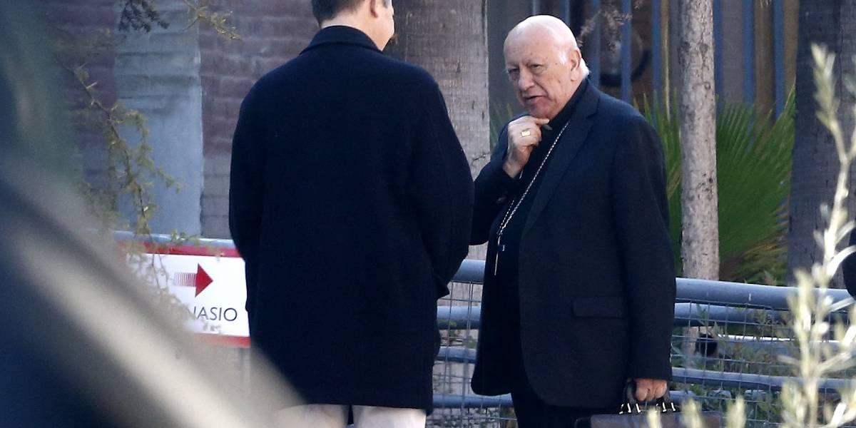 X Sínodo: obispos auxiliares de Santiago se refieren al complejo clima de la Iglesia Chilena tras encuentros con el Papa