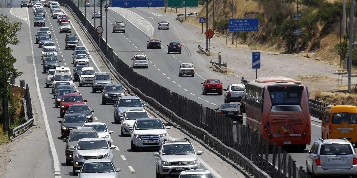 Más de 150 mil vehículos ya han salido de Santiago