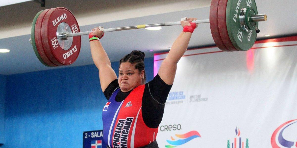 Verónica Saladín gana oro, plata y bronce en Panamericano Pesas