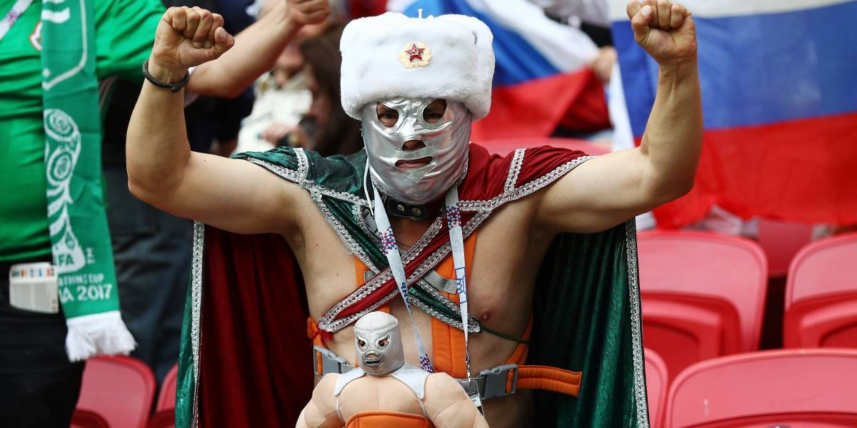 FOTOS: Prohíben a mexicanos usar máscaras de luchadores en el Mundial