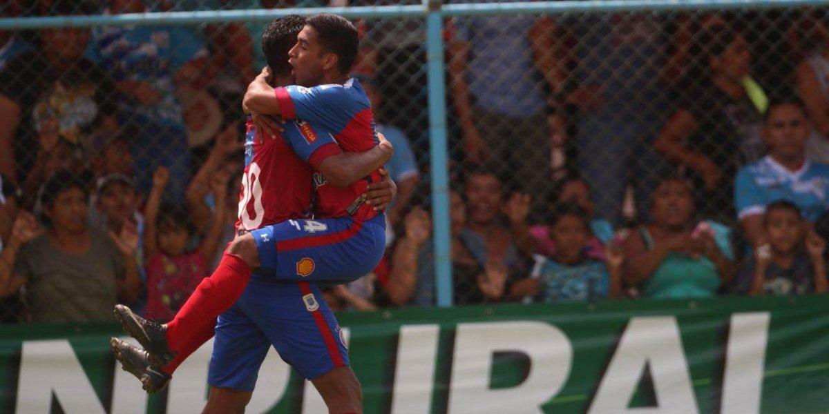 Ortiz vuelve a ser fundamental y Xelajú va por su sexta luna