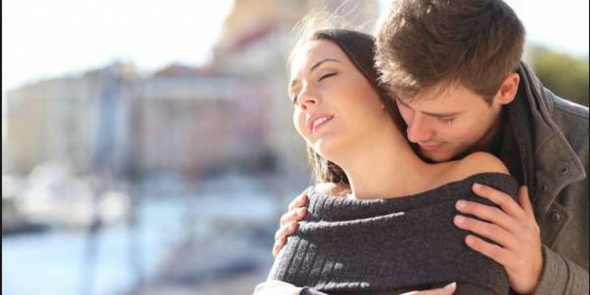 Estudio revela que las mujeres son más felices con hombres poco atractivos