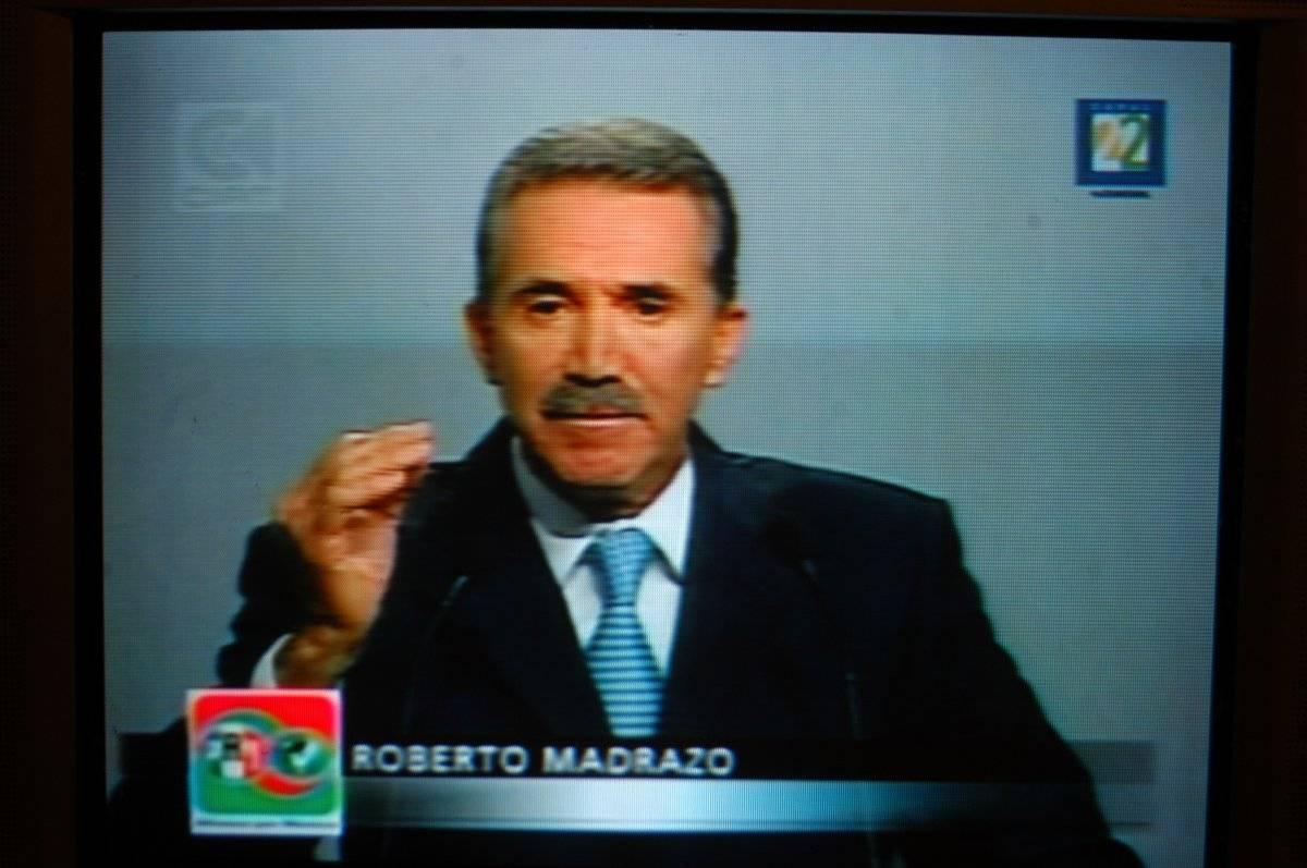Roberto Madrazo Pintado, candidato presidencial de la alianza PRI-PVEM durante su participación en el segundo debate Foto: Cuartoscuro