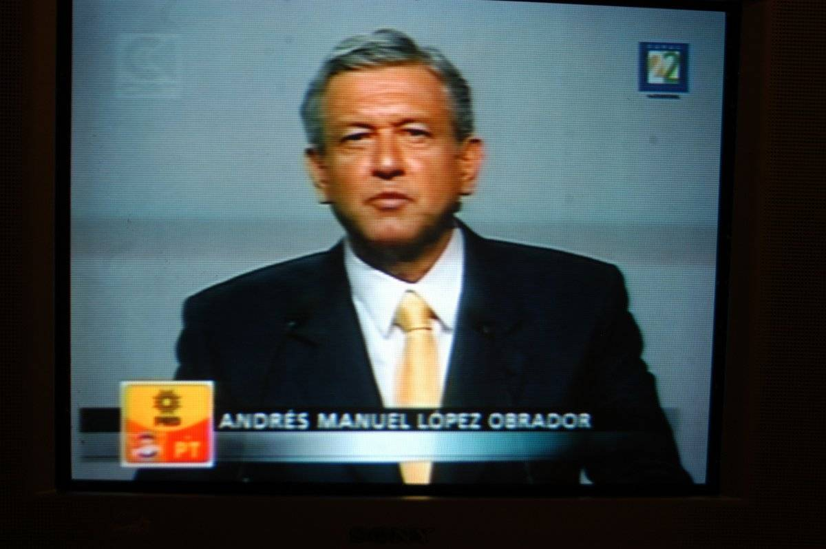 Andrés Manuel López Obrador, candidato presidencial de la alianza PRD-PT-Convergencia Foto: Cuartoscuro
