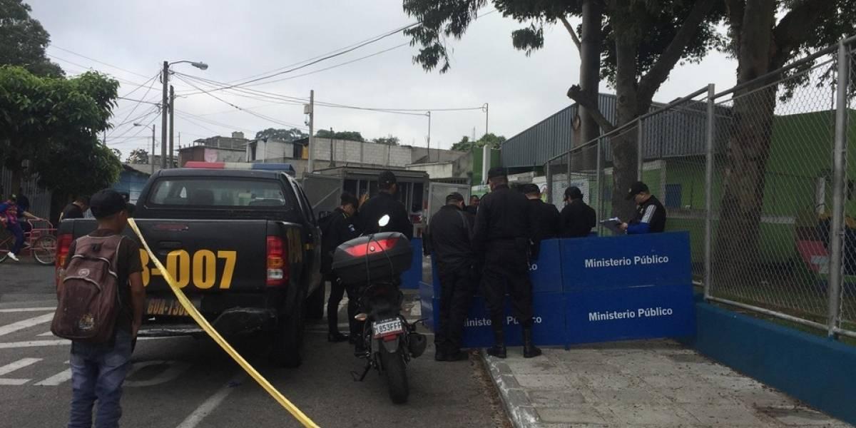 Adolescente muere apuñalado en posible riña en La Chacara