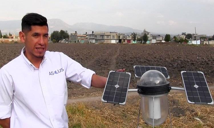 Moisés busca ayudar a comunidades sin electricidad