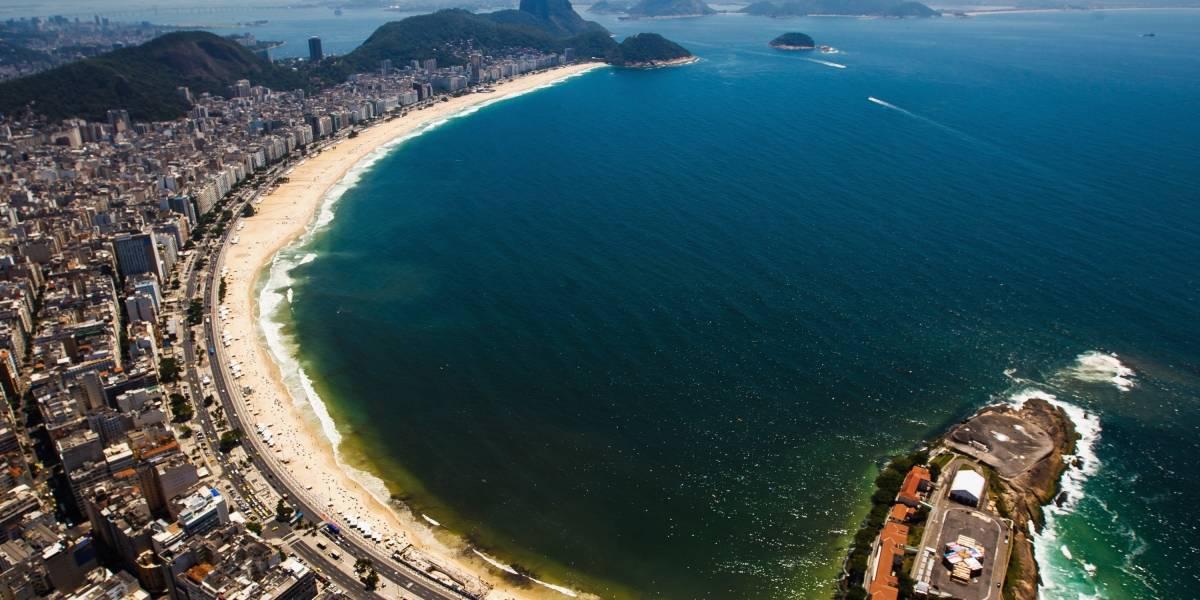 Rio de Janeiro libera esporte no mar e no calçadão