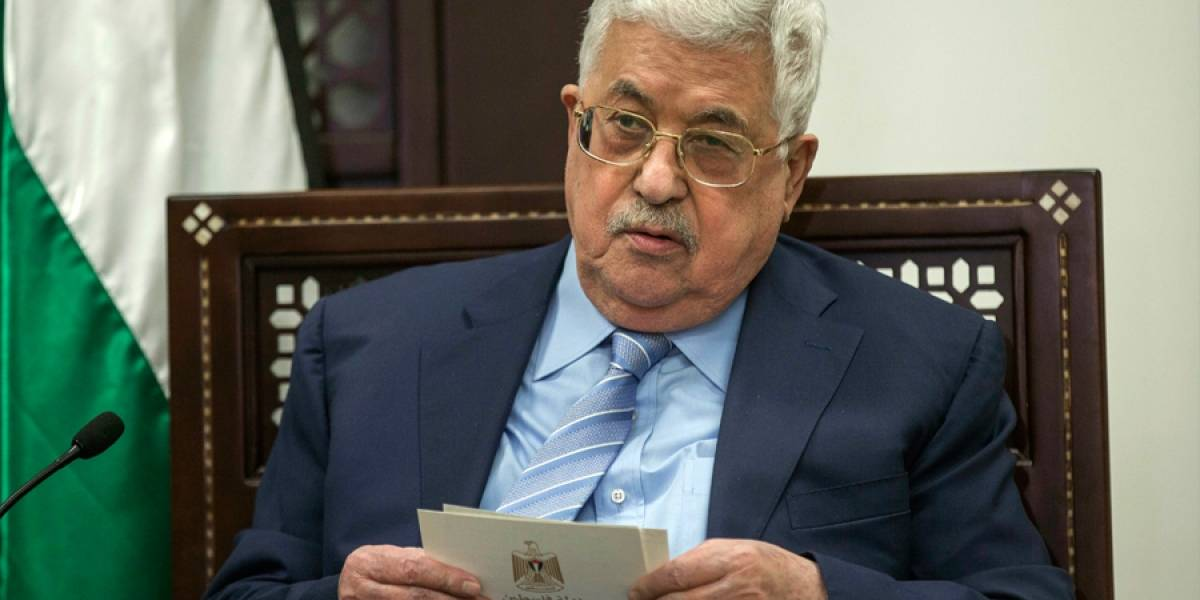 Hospitalizan a presidente palestino Mahmud Abbas por fiebre