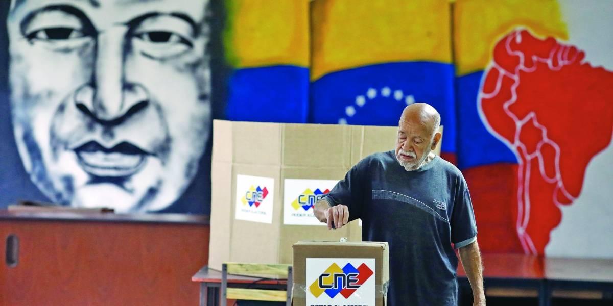 Denúncias marcam eleições na Venezuela