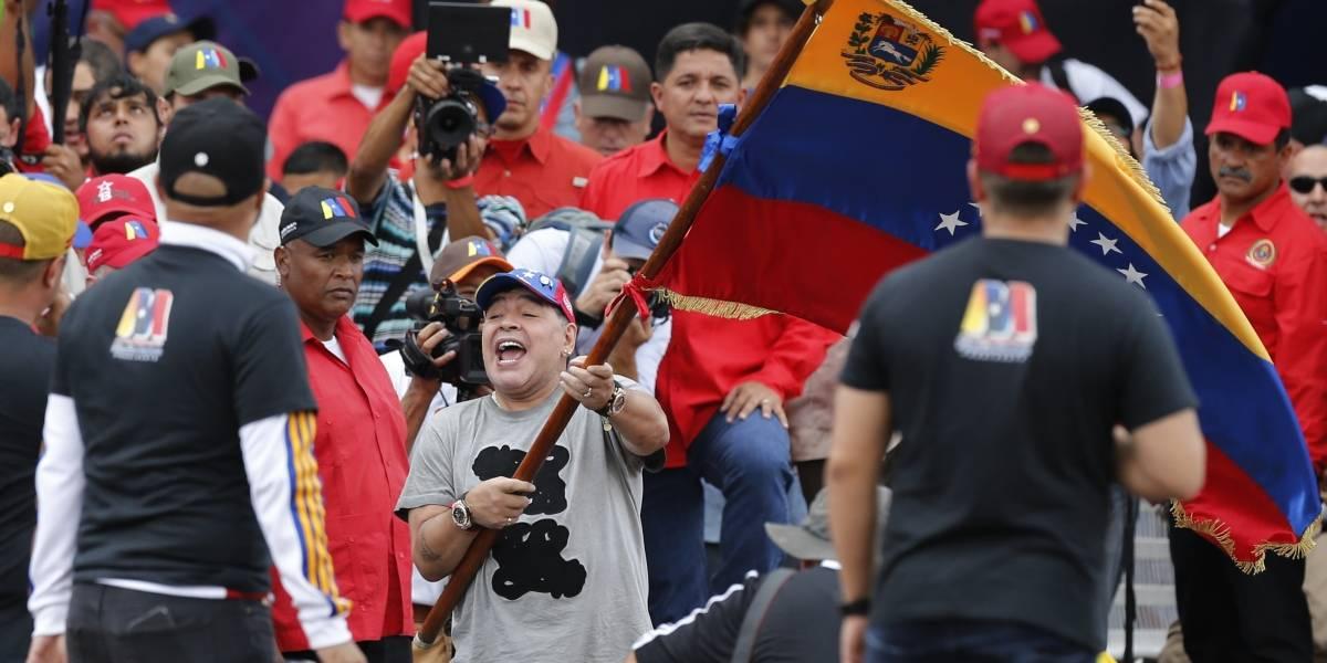 """""""Los venezolanos no quieren ser invadidos"""": Maradona felicita a Nicolás Maduro y sale al paso de las críticas"""