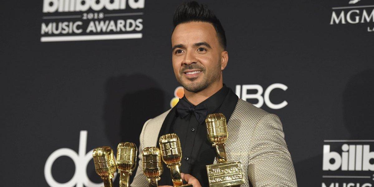 Luis Fonsi arrasó en los Premios Billboard