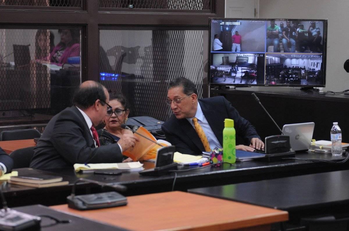 """""""Guayo Cano"""" siguió la audiencia de apertura a juicio por videoconferencia. Oliver de Ros"""