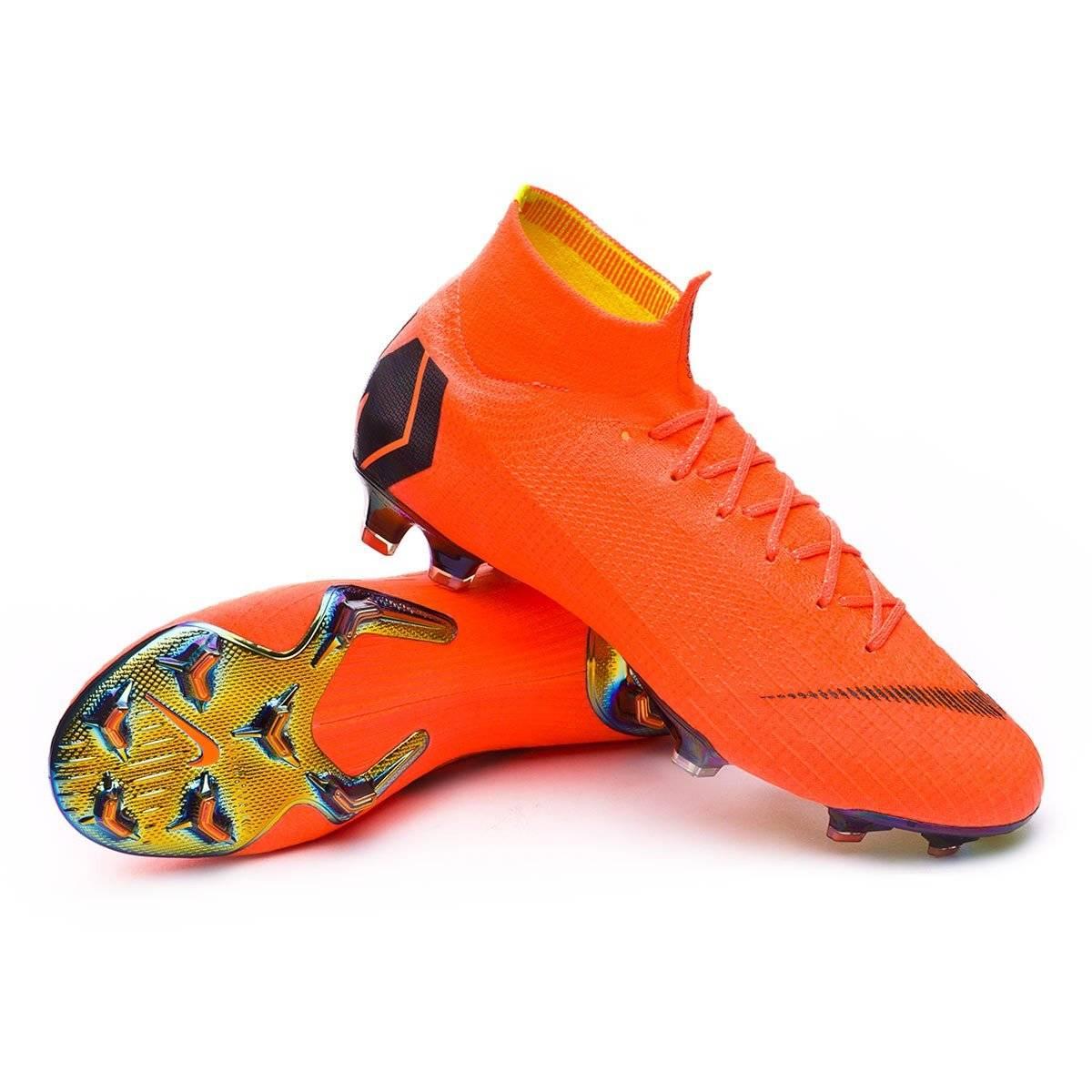97aecdf5413 Fotos. La evolución de los zapatos de futbol a través de los ...
