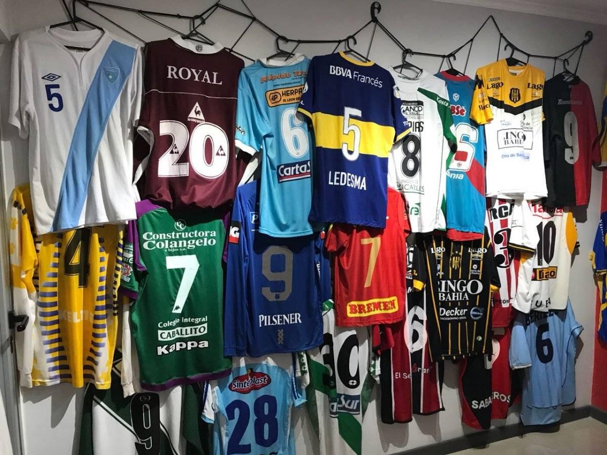 El museo también cuenta con camisetas que han sido relagadas