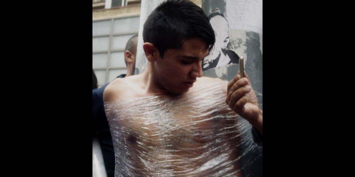 """Mira el trailer de """"Rapaz"""", el cortometraje sobre detenciones ciudadanas que la rompió en Cannes"""