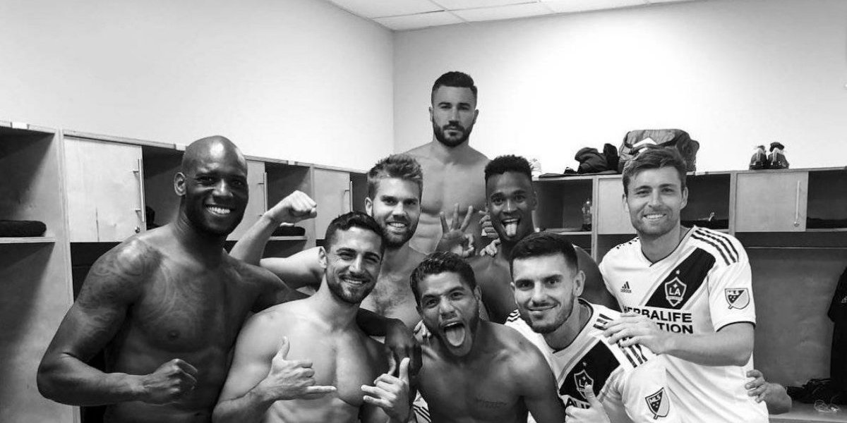 Giovani no juega por lesión; Jonathan fue titular