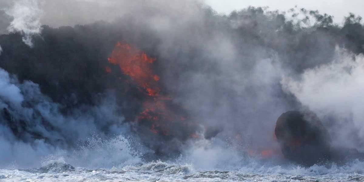 Gases de lava vulcânica criam nova ameaça no Havaí