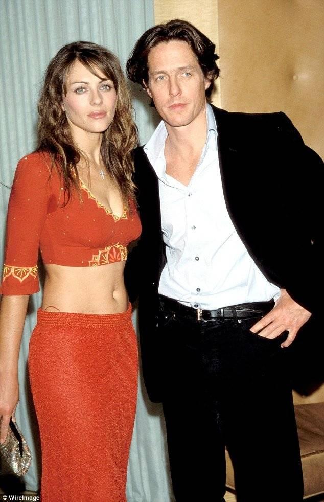 Hugh Grant y Liz Hurley