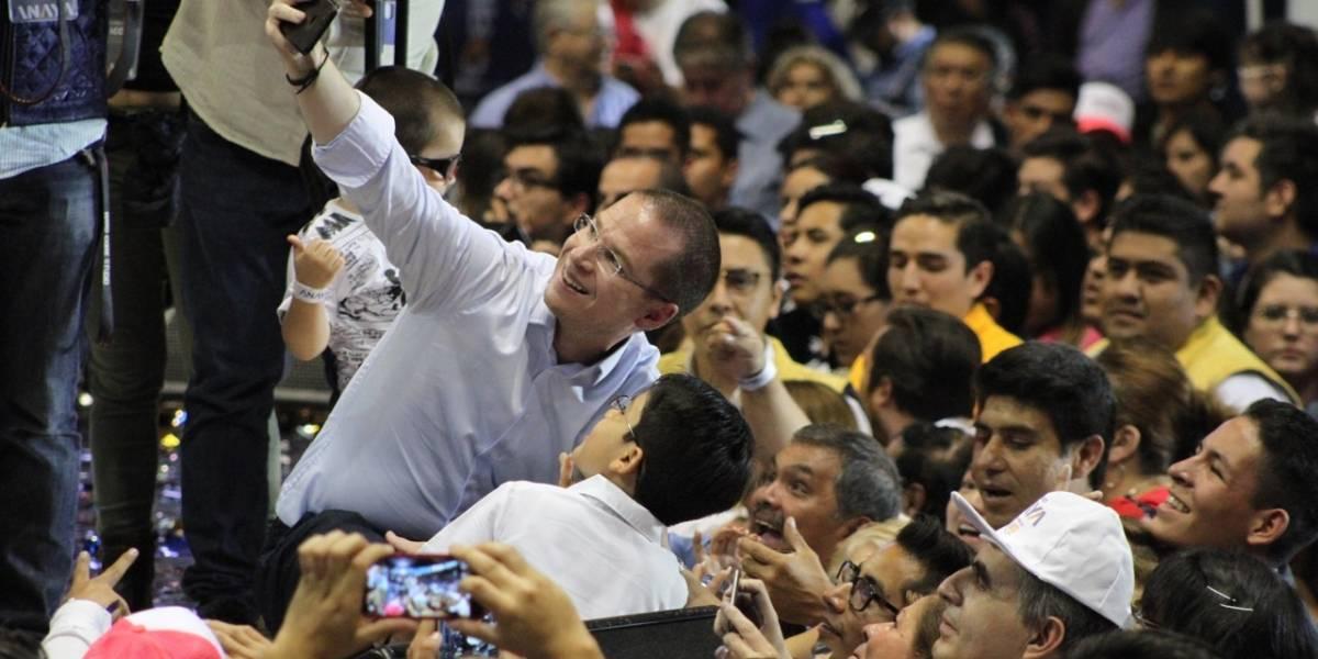 Calderón arremete contra Anaya por candidatura de Margarita Zavala