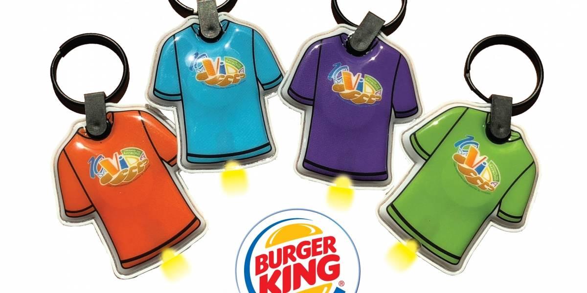 Burger King vende llaveros linterna a beneficio de  Da Vida Caminando con Raymond