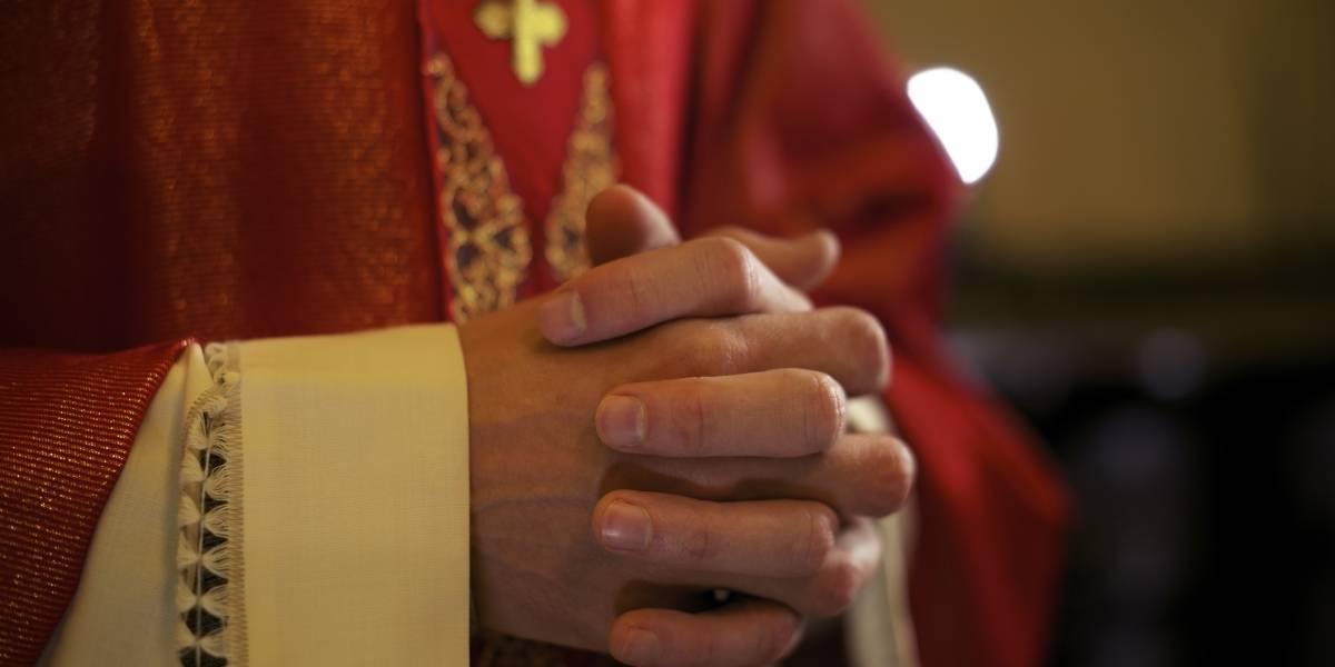25 años de cárcel para sacerdote argentino por abuso sexual de siete menores