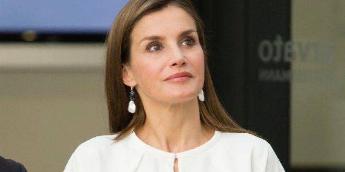 La Reina Letizia se interesa por el problema de los embarazos de menores