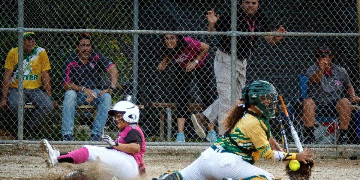 Cocodrilas extienden su reinado en el sóftbol al vencer a las Tigresas