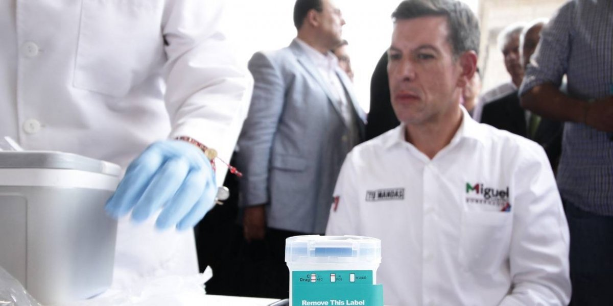 Candidato a gubernatura de Jalisco se somete a antidoping