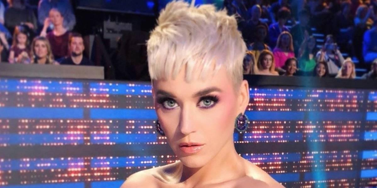 Le manda Katy Perry tuit a Taylor Swift... ?desde San Nicolas?