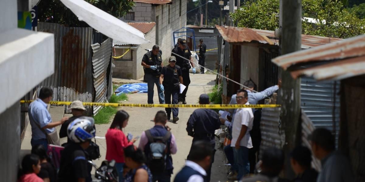Adolescente habría asesinado a una mujer entre los callejones de Tierra Santa, en Villa Nueva