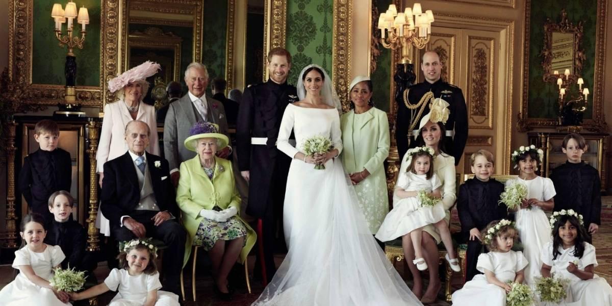 """¿""""Error"""" en fotos oficiales de la boda real?"""