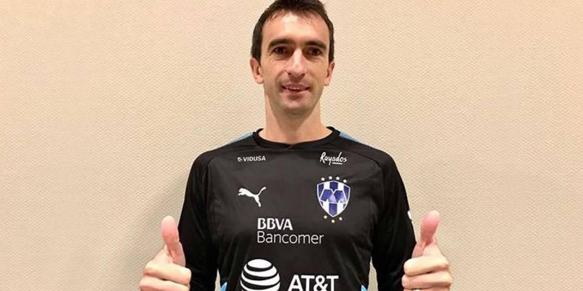 Hace Rayados oficial el fichaje de Marcelo Barovero