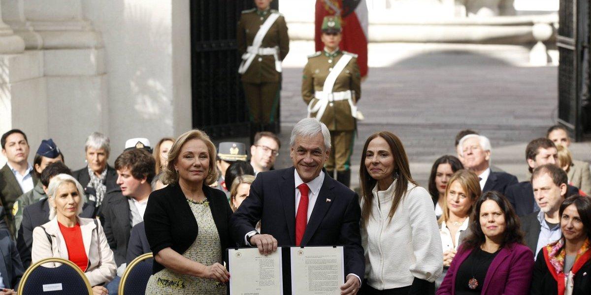 Presidente Piñera y Ministro Varela hacen mea culpa por comportamientos machistas