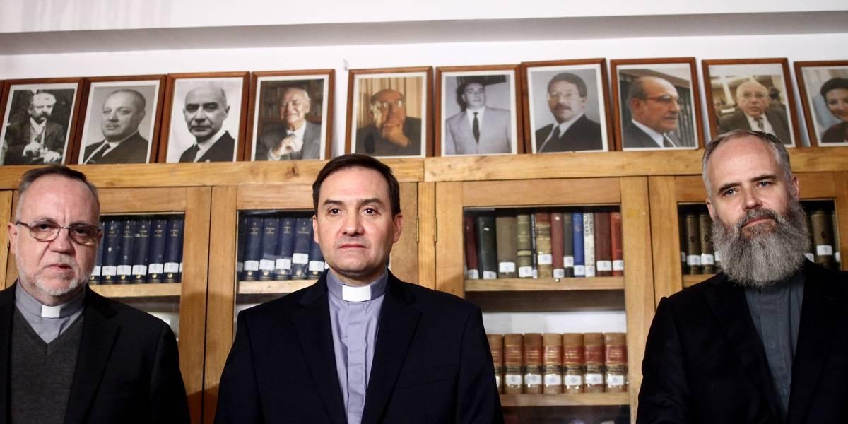 """Víctimas de Karadima denunciarán ante el Papa un """"sistema abusivo"""" al interior de la Iglesia"""