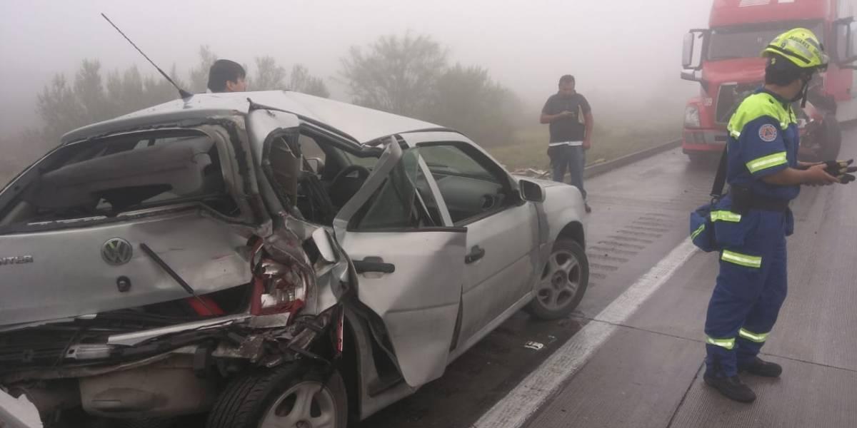 Carambola en la autopista Saltillo-Monterrey deja 10 lesionados